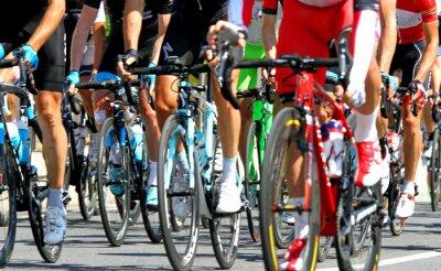 Naklejka kolarzy podczas wyścigu drogowego w Europie cykl