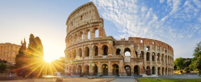 Naklejka Koloseum w Rzymie i porannego słońca, Włochy