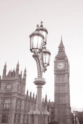 Naklejka Latarnia uliczna i Houses of Parliament z Big Ben w Londynie w czerni i bieli Sepia Tone