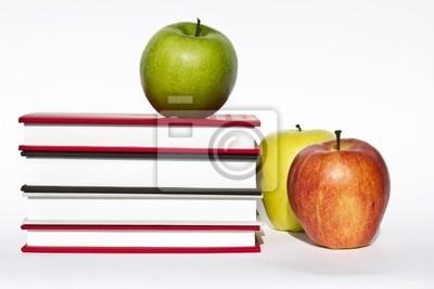 Libri e mele, merenda durante lo studio