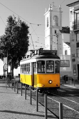 Naklejka Lisbon stary żółty tramwaj na tle czerni i bieli