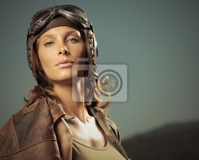 Lotnik Woman: portret modelka