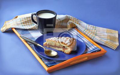 Naklejka Masło Breton ciasto z kubkiem mleka