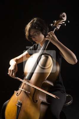 Naklejka Młody wiolonczelista