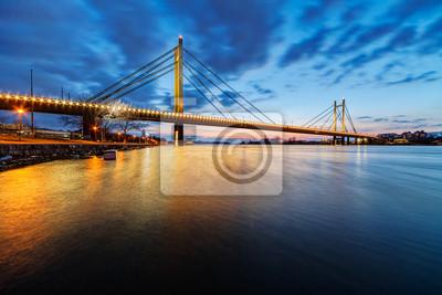 Most w nocy