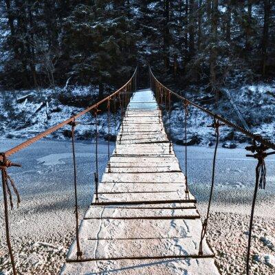 Naklejka Most wiszący nad rzeki icy