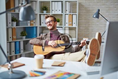 Naklejka Muzyka między pracą