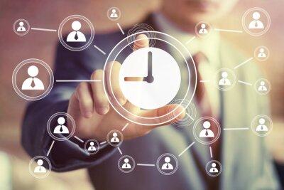 Naklejka Naciśnij przycisk internetowych biznesmen znak ręką zegar