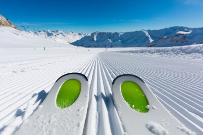 Naklejka Narty na stoku narciarskim