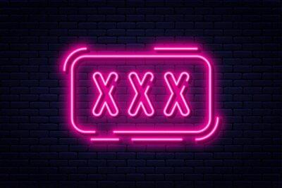 Naklejka Neon, tylko dla dorosłych, 18 lat plus, seks i xxx. Treści z ograniczeniami, baner erotyczny koncepcja wideo, billboard lub szyld