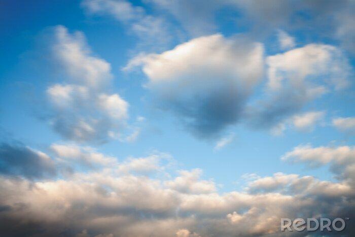 Naklejka Niebieskie niebo z chmurami