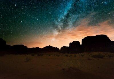 Naklejka Noc w pustyni Wadi Rum. Jordania