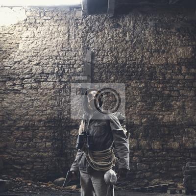 Naklejka Osoba, która przeżyła katastrofę jądrową z maską gazową