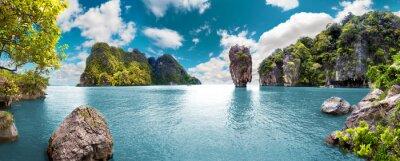 Naklejka Paisaje pintoresco.Oceano y montañas.Viajes y Aventuras Alrededor del mundo.Islas de Tailandia.Phuket.
