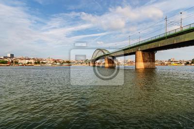 Panorama widok na most nad rzeką