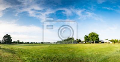 Naklejka Panorama wiejskiego pola