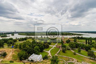 Panoramiczny widok z Kalemegdan do rzeki Sawy