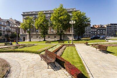 Park przy pałacu rządowego