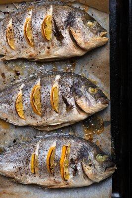 Naklejka Pieczona ryba morska