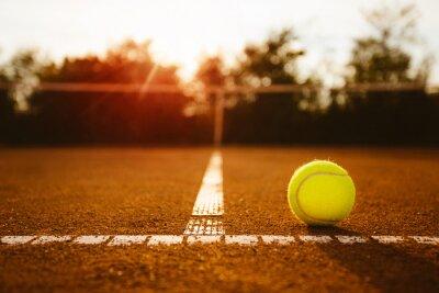 Naklejka Piłka na korcie tenisowym
