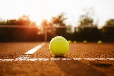 Naklejka Piłka tenisowa polu serwisowym wewnątrz
