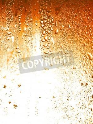 Naklejka Piwo, ciekłe krople kondensacji na tle szklanej