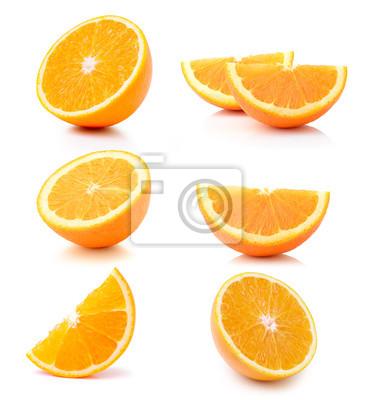 Naklejka Połowa pomarańczowe owoce na białym tle