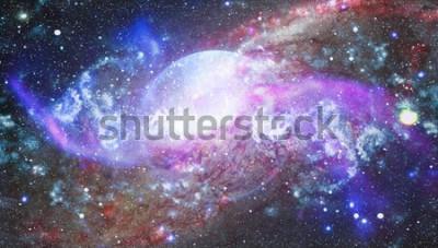 Naklejka przestrzeń wiele lat świetlnych od Ziemi. Elementy tego zdjęcia dostarczone przez NASA