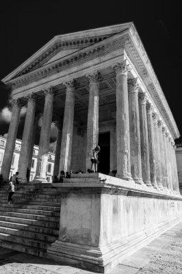 Naklejka Roman świątynia Maison Carree w mieście Nimes, Francja ..