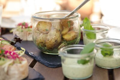 Rosemary ziemniaków w szkle