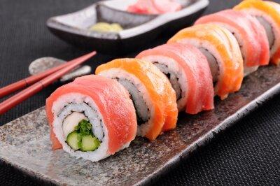 Naklejka Salmon & Roll Sushi z tuńczyka