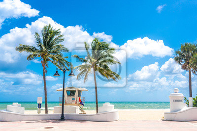 Naklejka Seafront with lifeguard hut in Fort Lauderdale Florida, USA