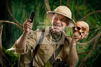Naklejka Selfie w dżungli z czaszką