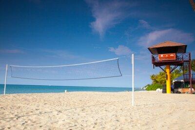 Naklejka Siatkówka plażowa pod czystym niebem