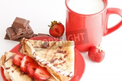 Naklejka słodki posiłek z kubkiem mleka i ciast i chocholate i truskawkami
