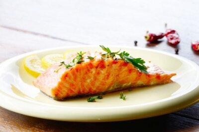 Naklejka Smażony filet z łososia