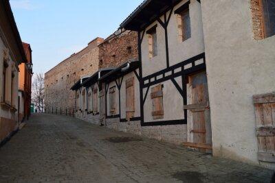 Naklejka Średniowieczna ulica w Medias w Rumunii.