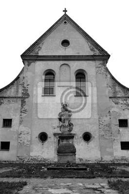 Stara Katedra Marii Panny Yard z pomnika