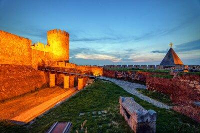 Stara wieża i Ruzica curch w twierdzy w Belgradzie
