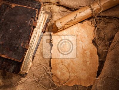 Naklejka Starożytny książki i stare dokumenty