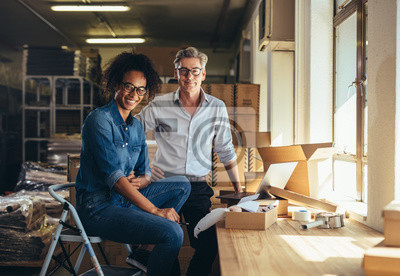 Naklejka Successful online shop business partners