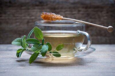 Naklejka Świeżo parzona herbata z szałwii Kandiszuckerstange