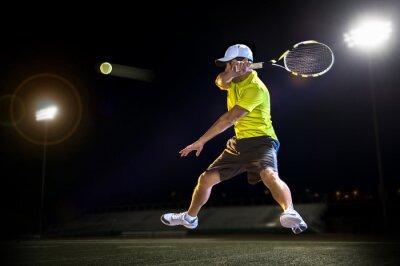 Naklejka Tenisista podczas meczu w nocy