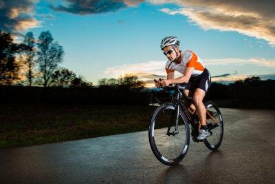 Naklejka Triathlet auf dem Fahrrad