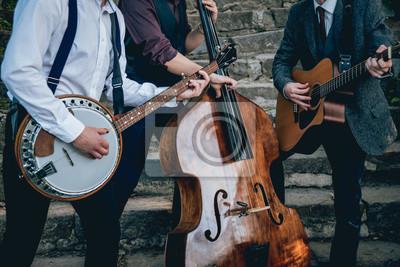 Naklejka Trio muzyków z gitarą, banjo i kontrabasem
