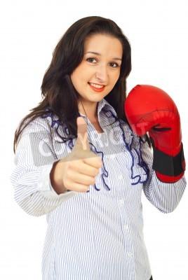 Naklejka Udany biznes kobieta zawodnik daje kciuk w górę na białym tle