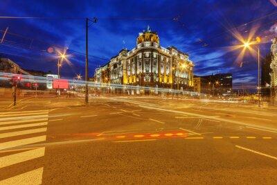 ulica w Belgradzie w nocy