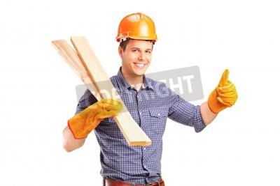 Naklejka Uśmiechając Instrukcja stolarz gospodarstwa progi i podając kciuk w górę na białym tle