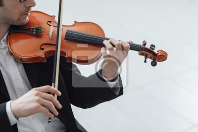 Utalentowany skrzypek solo