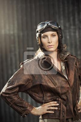 Vintage Pilot: modelka portret